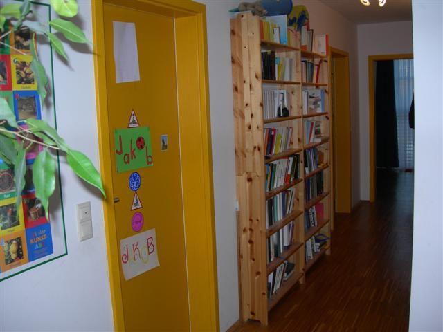1 kleines b ro gelaugt mit pc u schreibtisch kiefer holz mit charakter bbb regale. Black Bedroom Furniture Sets. Home Design Ideas